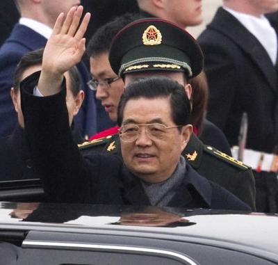 Obama hosts Hu as world powers seek common ground
