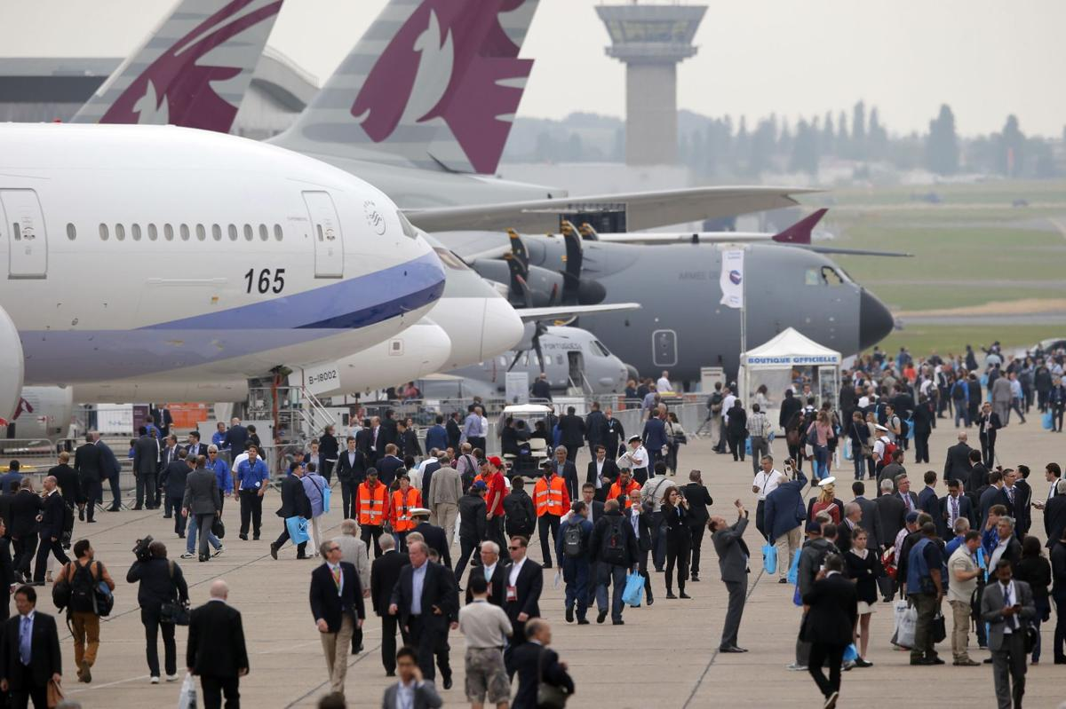 Boeing, Airbus orders take off at Paris Air Show