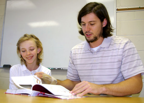 Holding class: Local teachers seek improved communication with parents