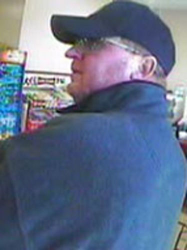 FBI releases new photos of 'Limping Bandit'