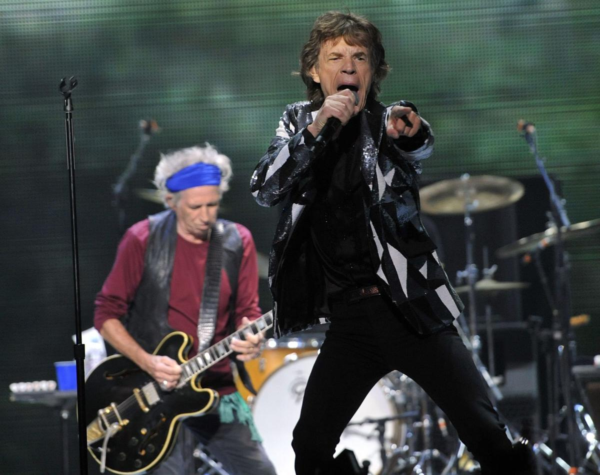 Stones launch tour with energetic set