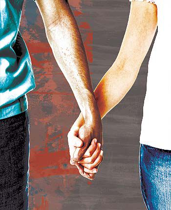 Parents and teens often miss relationship warning signs