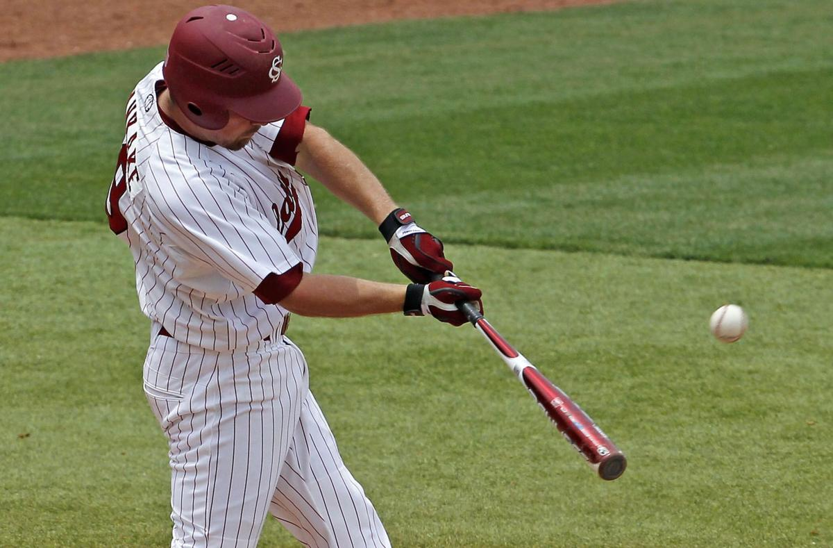 Gamecocks No. 7, Clemson No. 13 in Baseball America preseason rankings