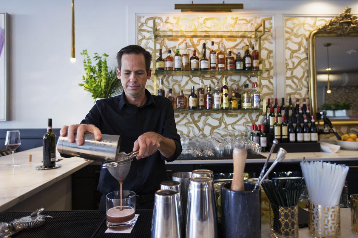 LP Josephine Wine Bar 081618 01.JPG