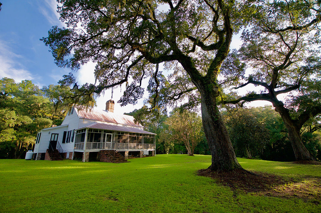 Historic, scenic Hyde Park Plantation for sale | Real Estate ... on historic plantation houses, historic plantation homes in louisiana, historic plantation homes in texas, historic homes in alabama book, historic plantation homes in the south, old planation homes sale,