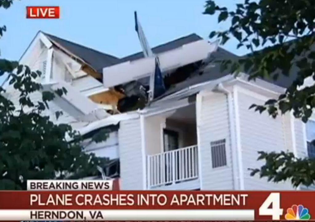 Small plane crashes into Virginia apartment building