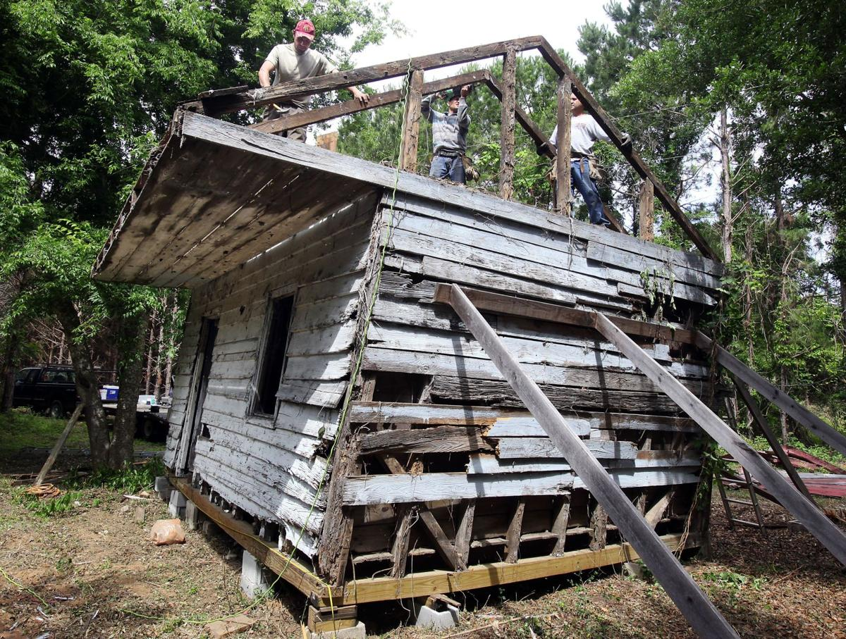 Smithsonian next for Edisto cabin Will be part of 'Slavery and Freedom' exhibit
