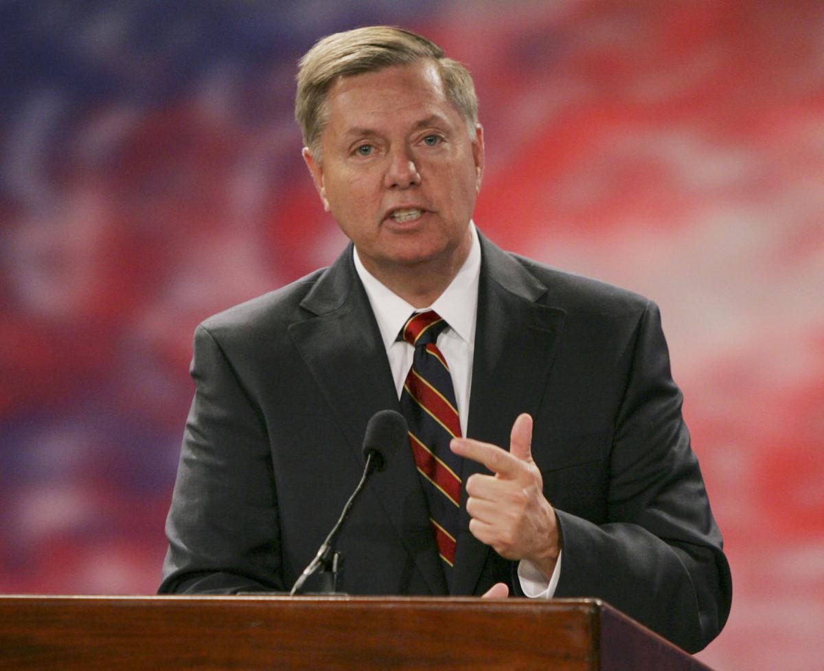 Lindsey Graham endorses Ted Cruz for president Lindsey Graham: 'I know what I'm getting with Ted Cruz'
