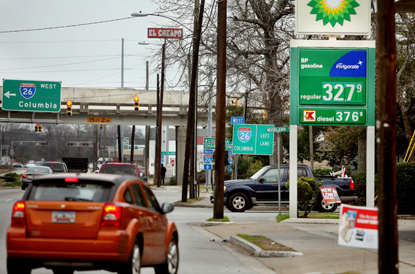 Motorists lament rise in gas prices