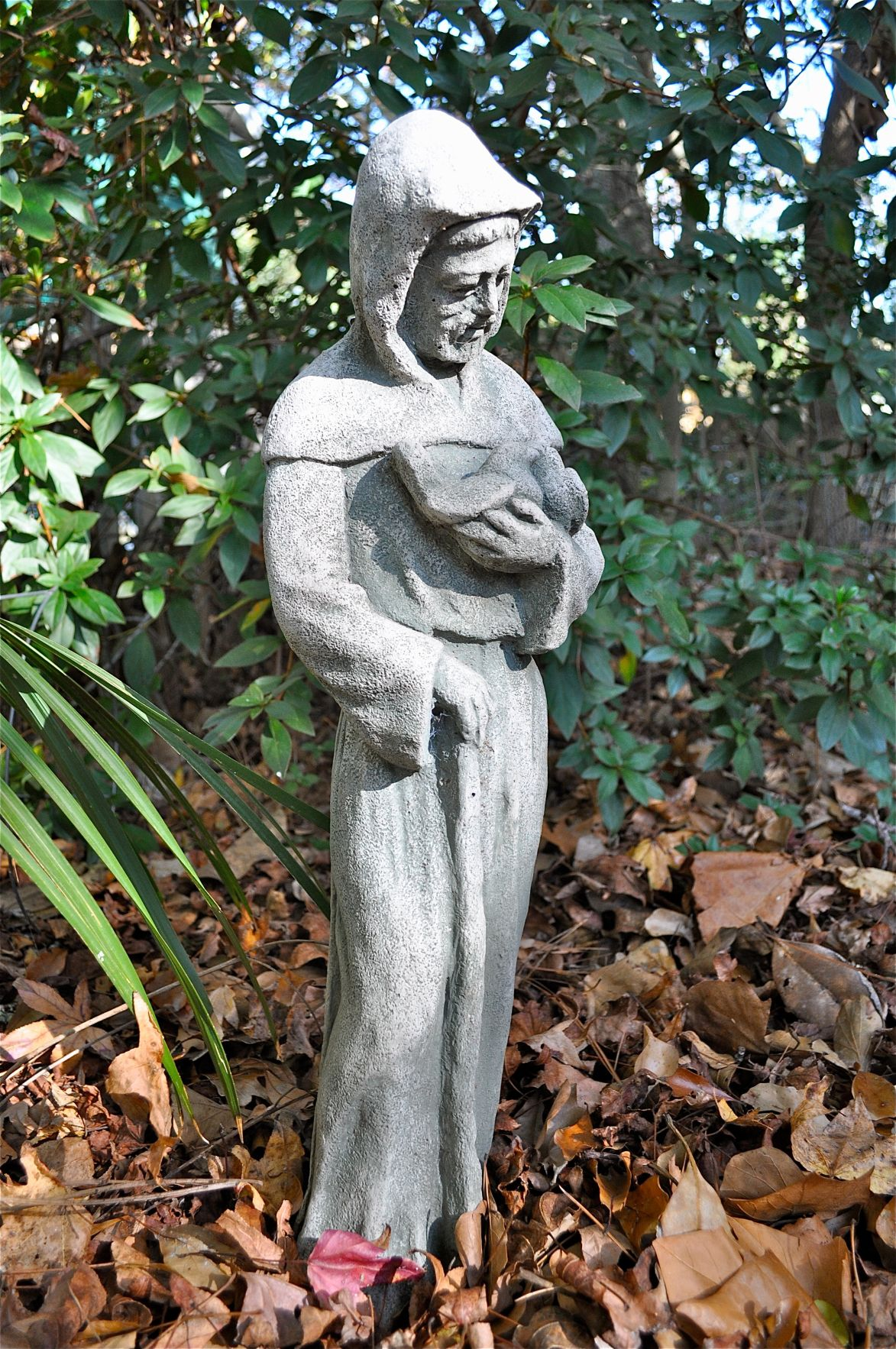 From St Francis To Bigfoot Statuary Gives Homeowners Another Way To Express Themselves Features Postandcourier Com