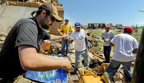 Even rescuers hobbled by worst tornadoes since 1932