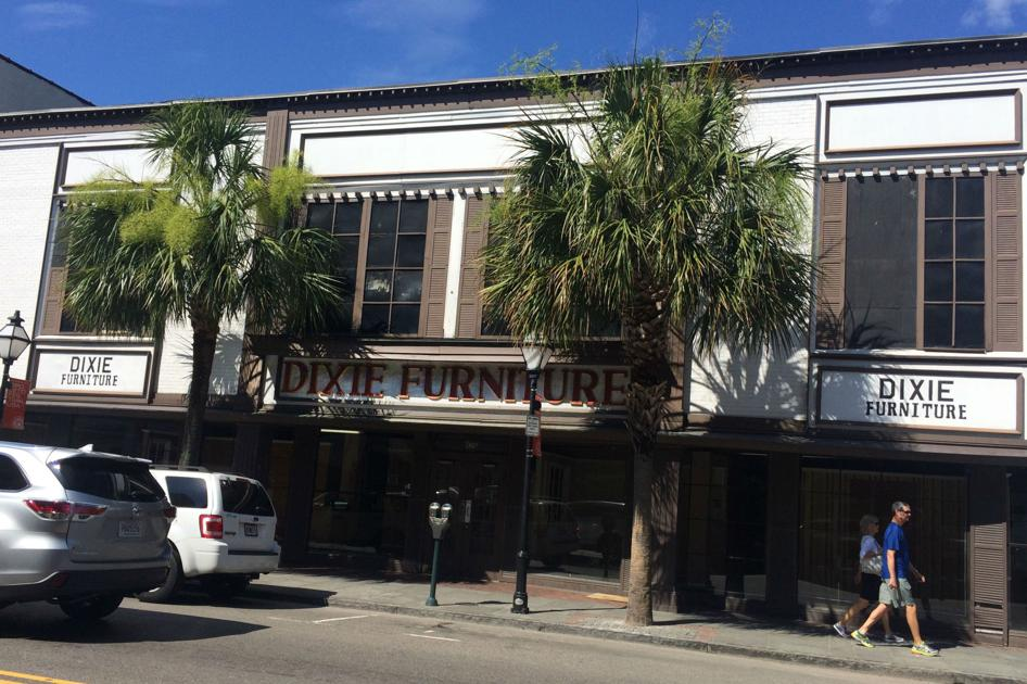Dixie Furniture 39 S Downtown Charleston Store Has Sold And Gone Empty Business