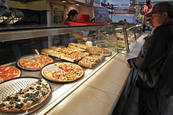 Pizza industry remains solid, but some chains struggling
