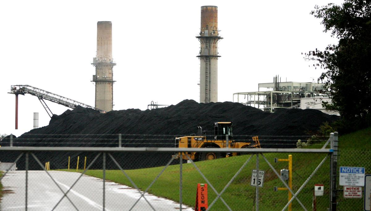 SCE&G to close 6 coal units