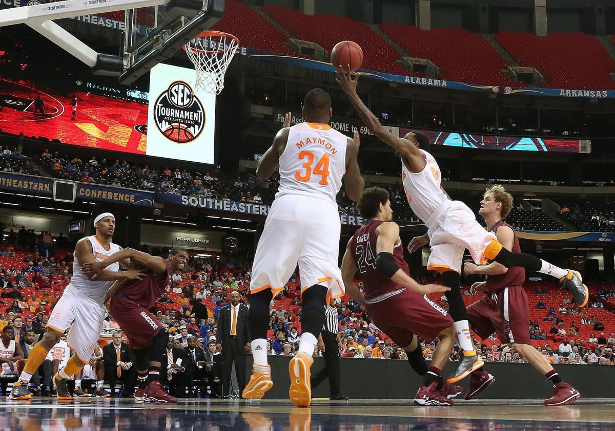 For USC, another chance to end Big Orange onslaught