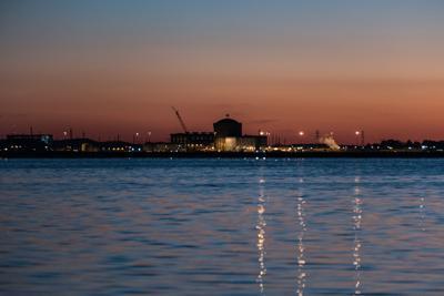 VC Summer January 2018 across lake sunset