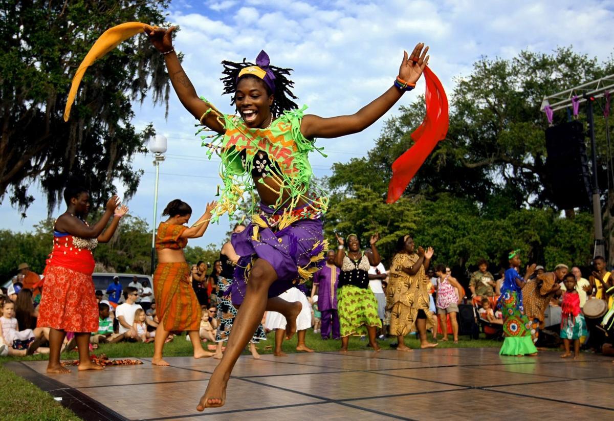 Piccolo finale flush with dancers, reggae