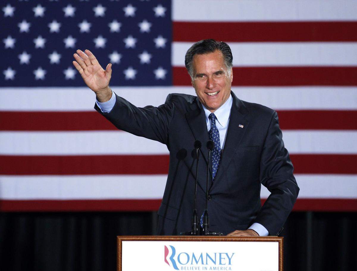 Romney turns from primaries, toward Obama