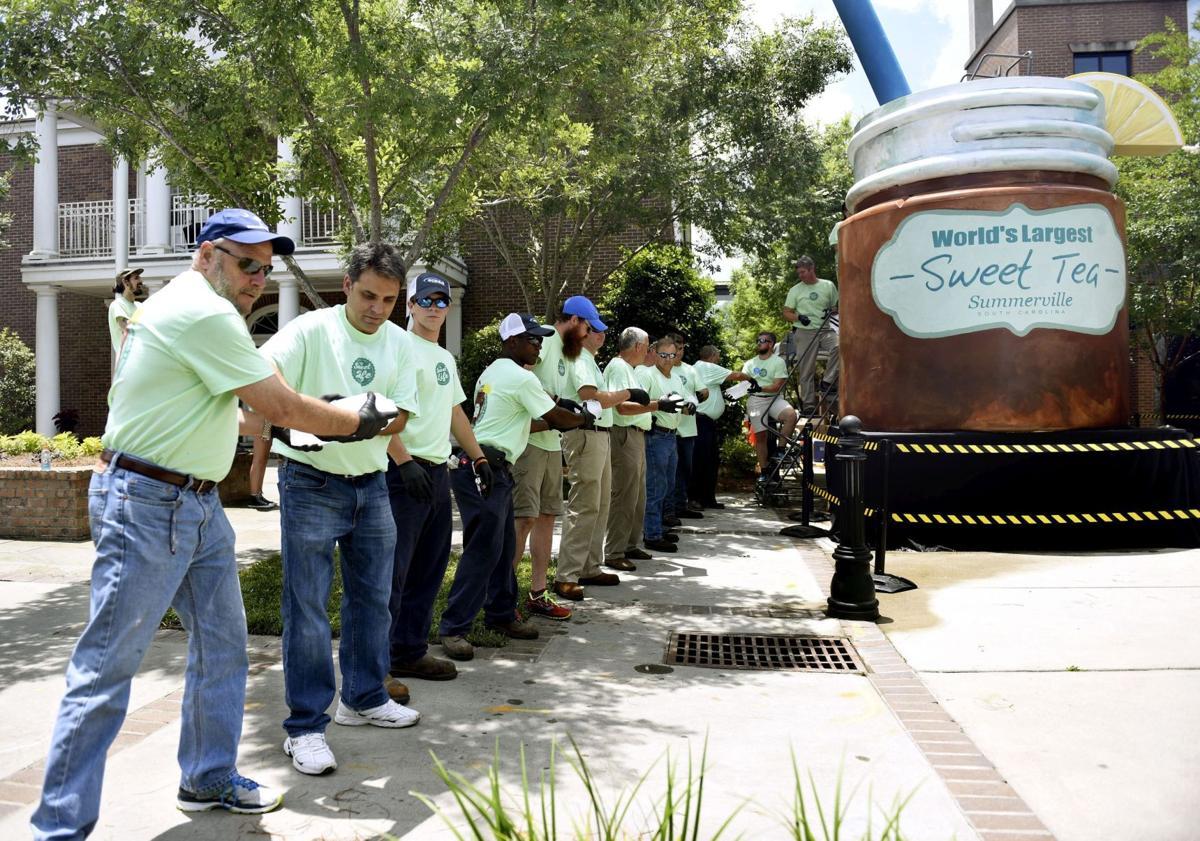 Summerville reclaims sweet tea title (copy) (copy)