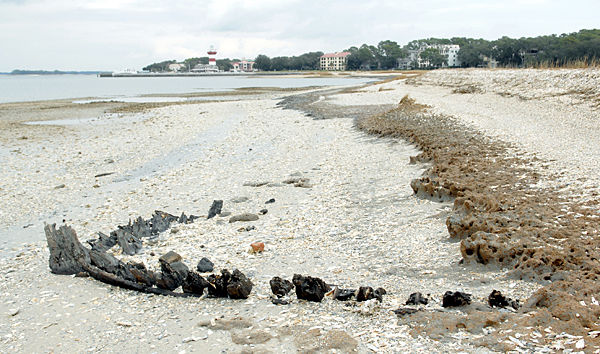Pieces of boat that could date to Civil War discovered on Hilton Head