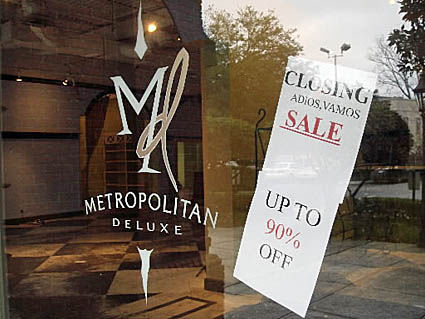 Metropolitan Deluxe closes after battle with bankruptcy