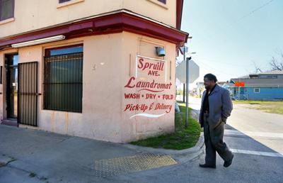 ernest pinckney laundromat opportunity zone.jpg (copy)