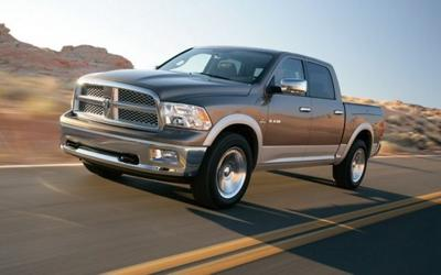 Chrysler recalls trucks because of axle nut issue