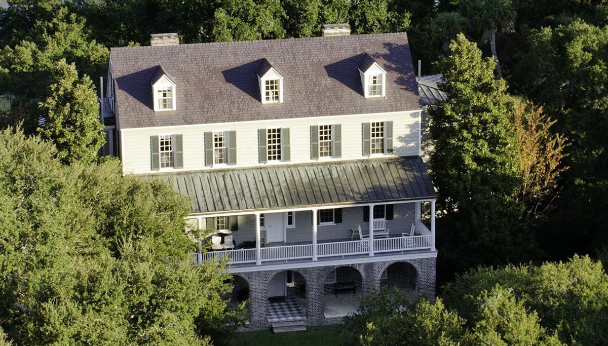 Historic plantation on Kiawah tour
