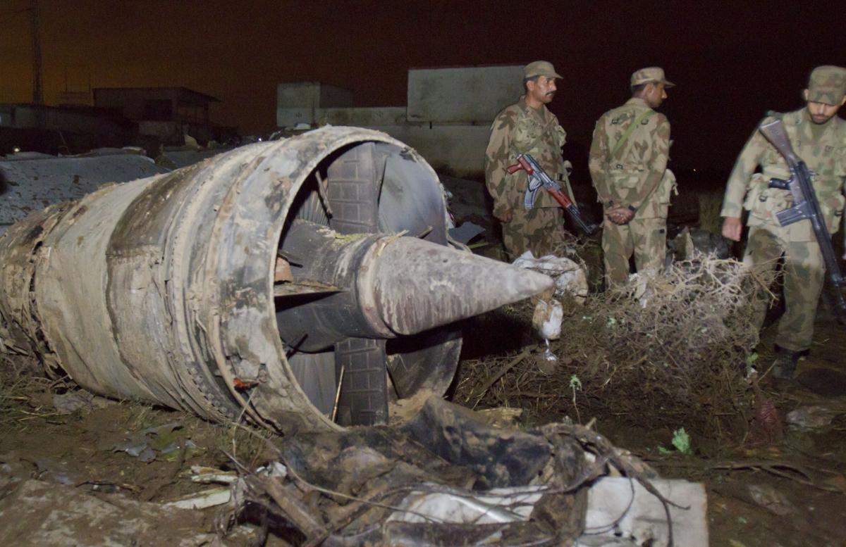 Plane crash kills 127 in Pakistan
