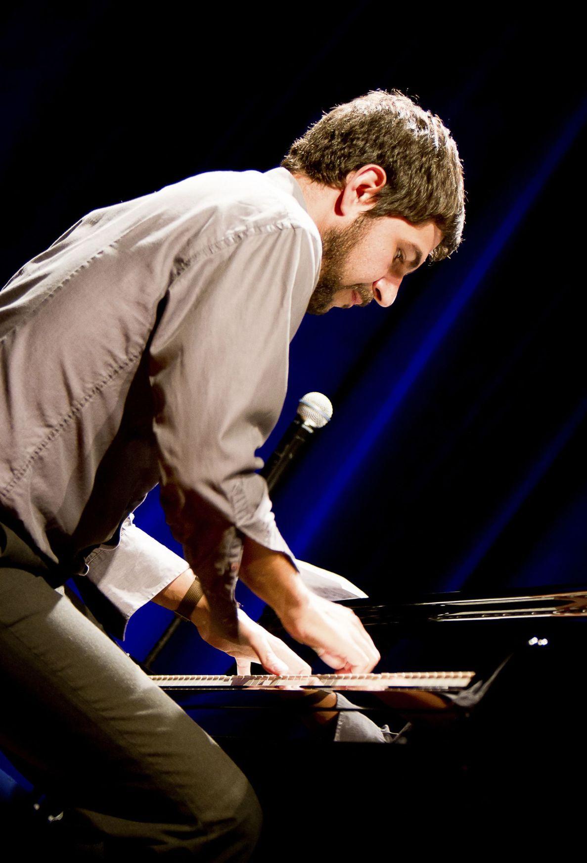 Faraway jazz Brazilians bring own style to Spoleto series