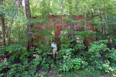 brick ruin chappells.jpg