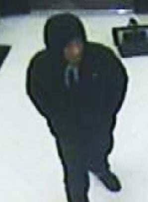 Charleston police looking for person of interest after robbery at Food Lion
