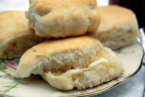 South warms to store biscuits, rolls