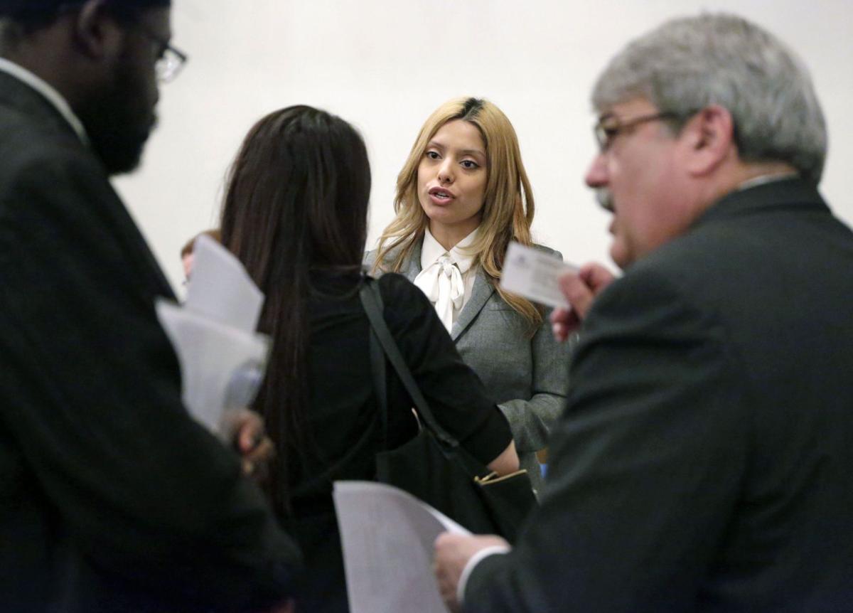 Hazy view of U.S. economy emerges ahead of April jobs report