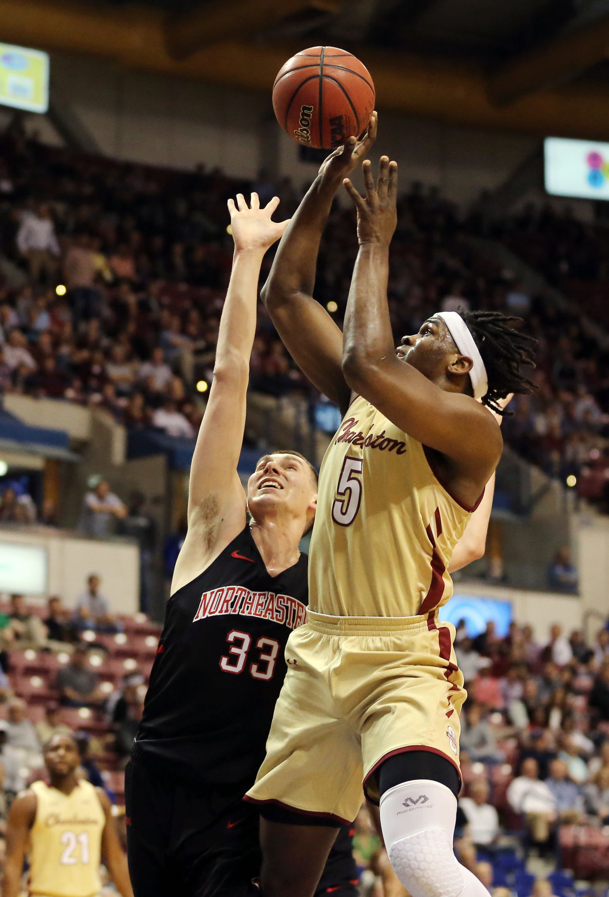 College of Charleston men's basketball advances to NCAA ...