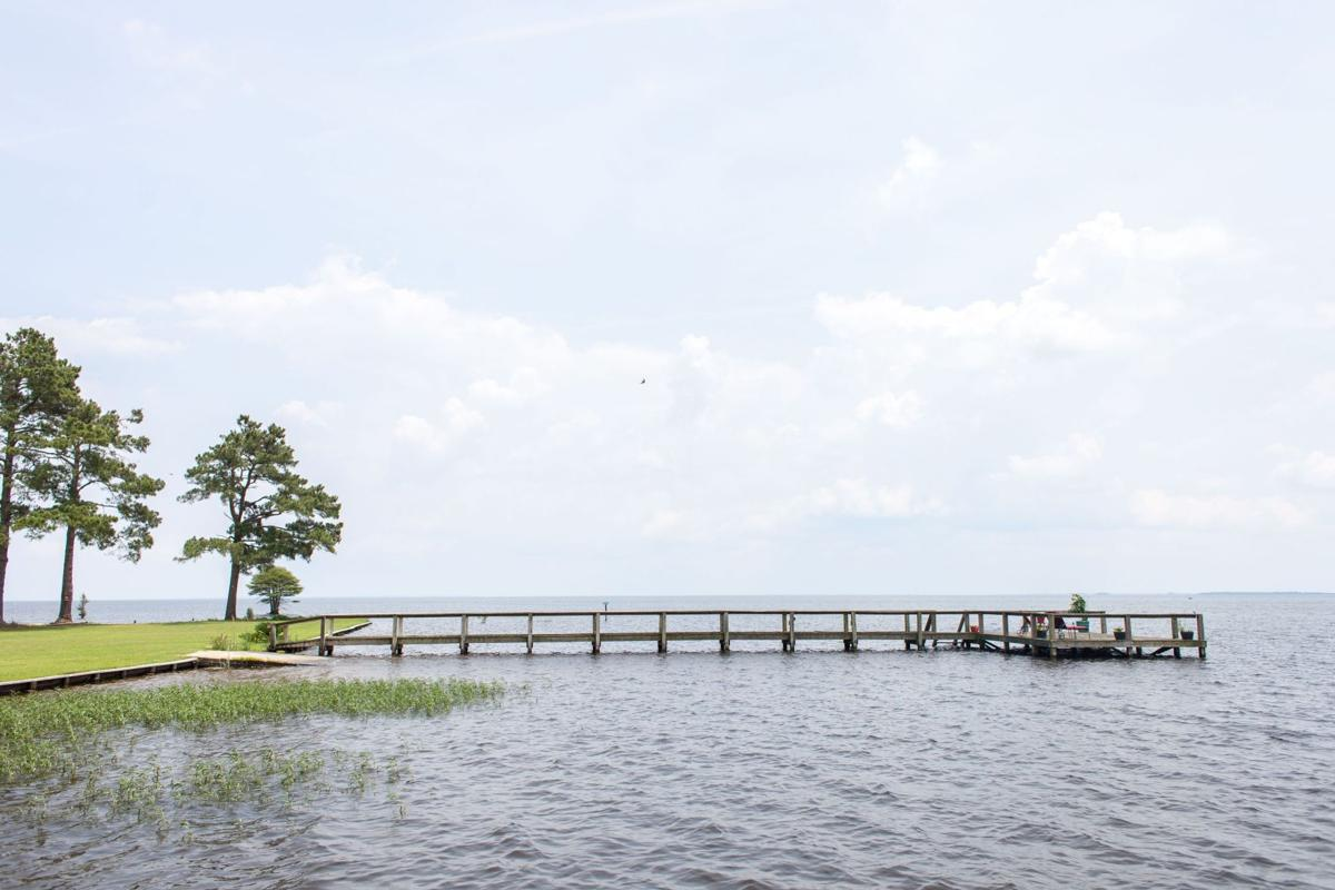 Lake Lands: Scenic spots at value prices lure boaters, outdoor buffs to buy homes on Lowcountry's large inland bodies of water