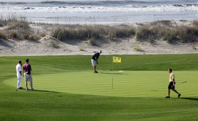Panel lists best golf courses in state