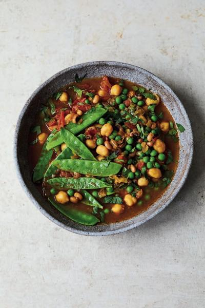 Black-eyed Pea and Chickpea Usal
