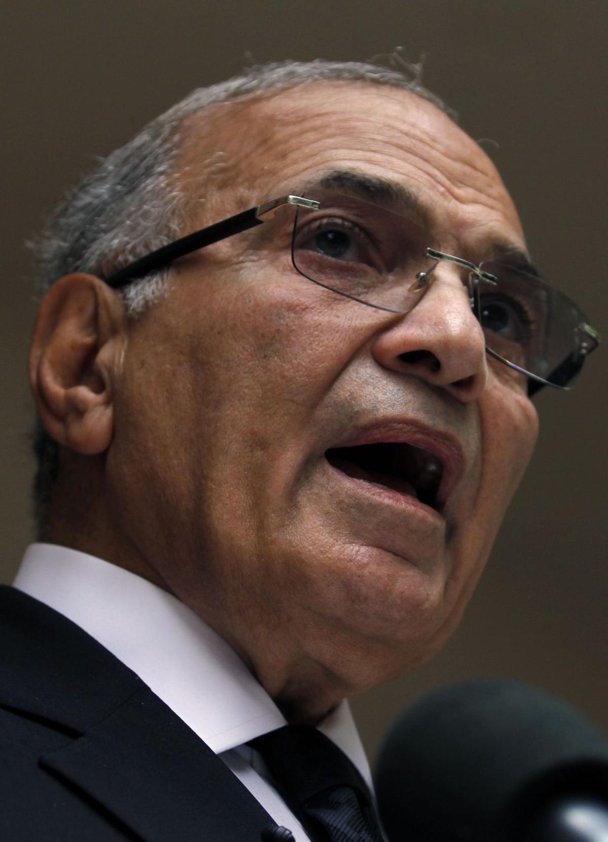 Egyptians vote for return to familiar