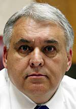 Berkeley County schools superintendent announces retirement