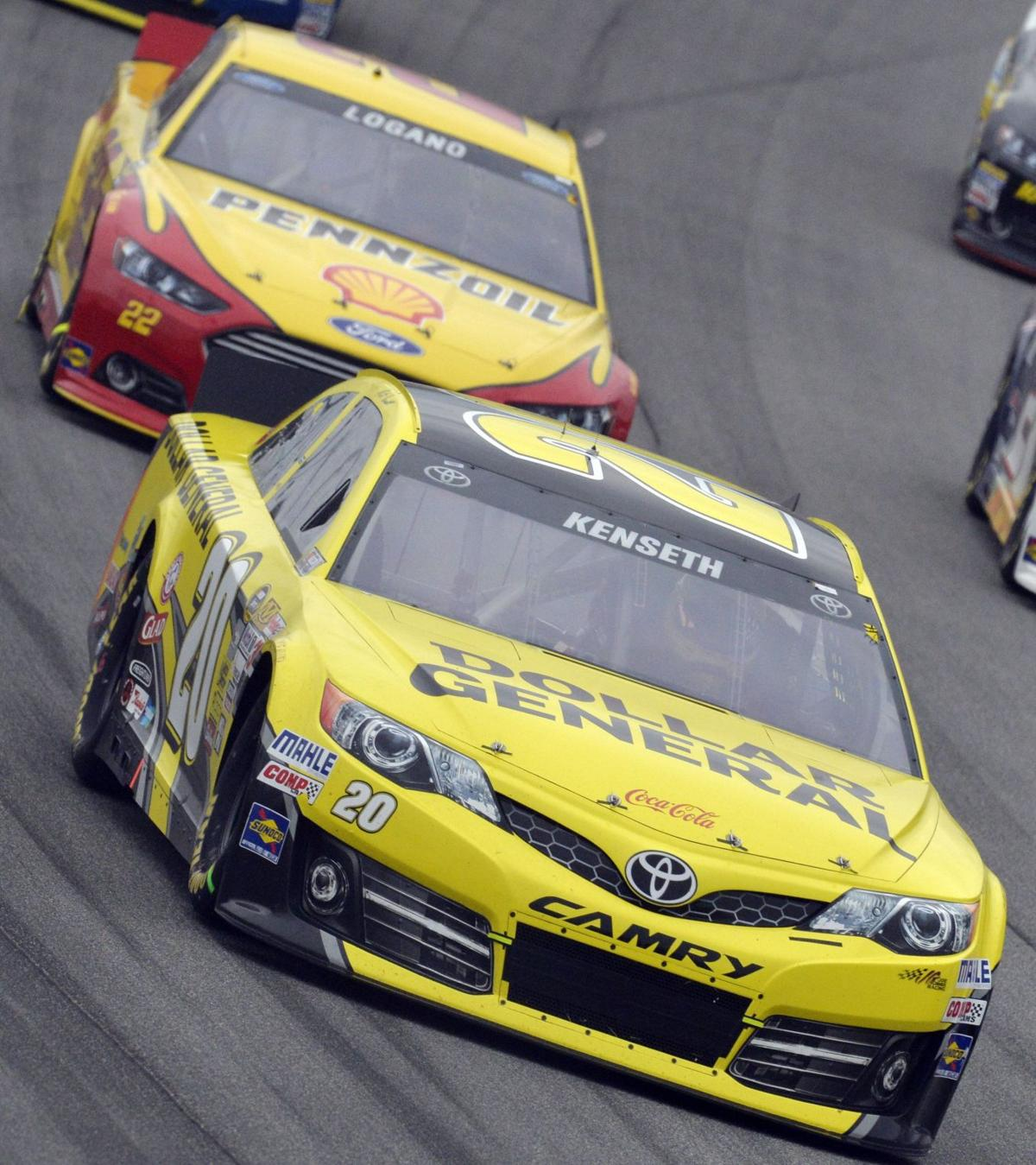 Kenseth wins opening Chase race at Chicago