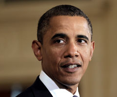 Obama pushes for longer school year