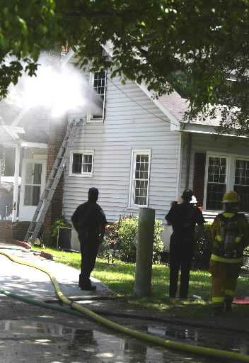 Fire damages home in North Charleston