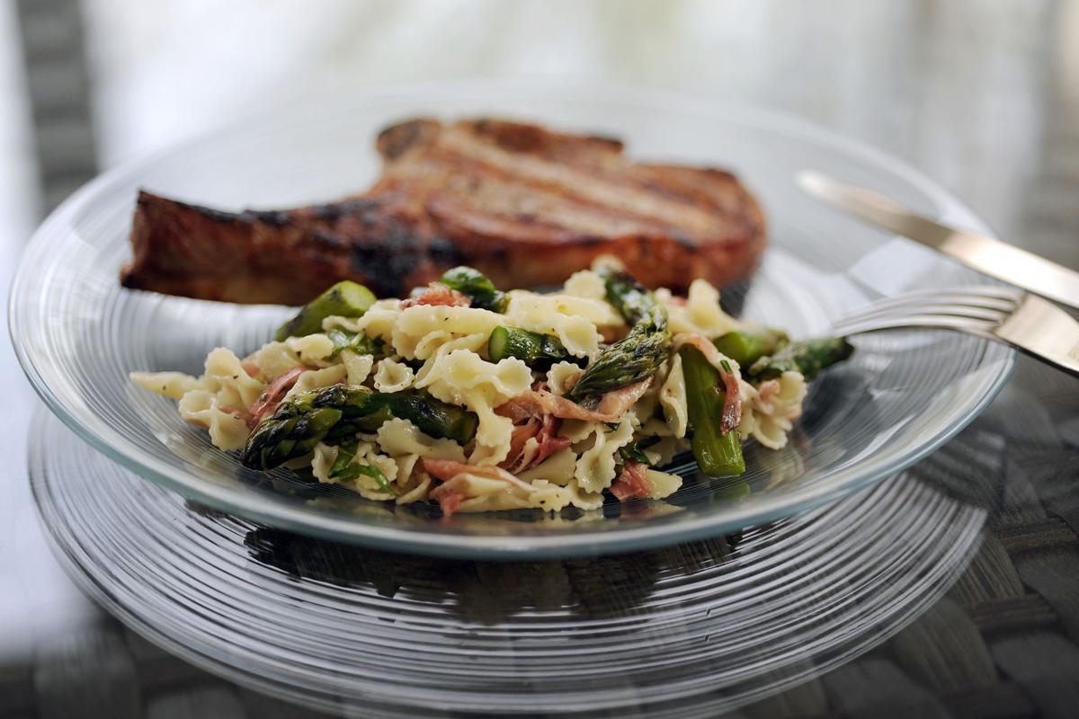 Appetizer inspires asparagus salad