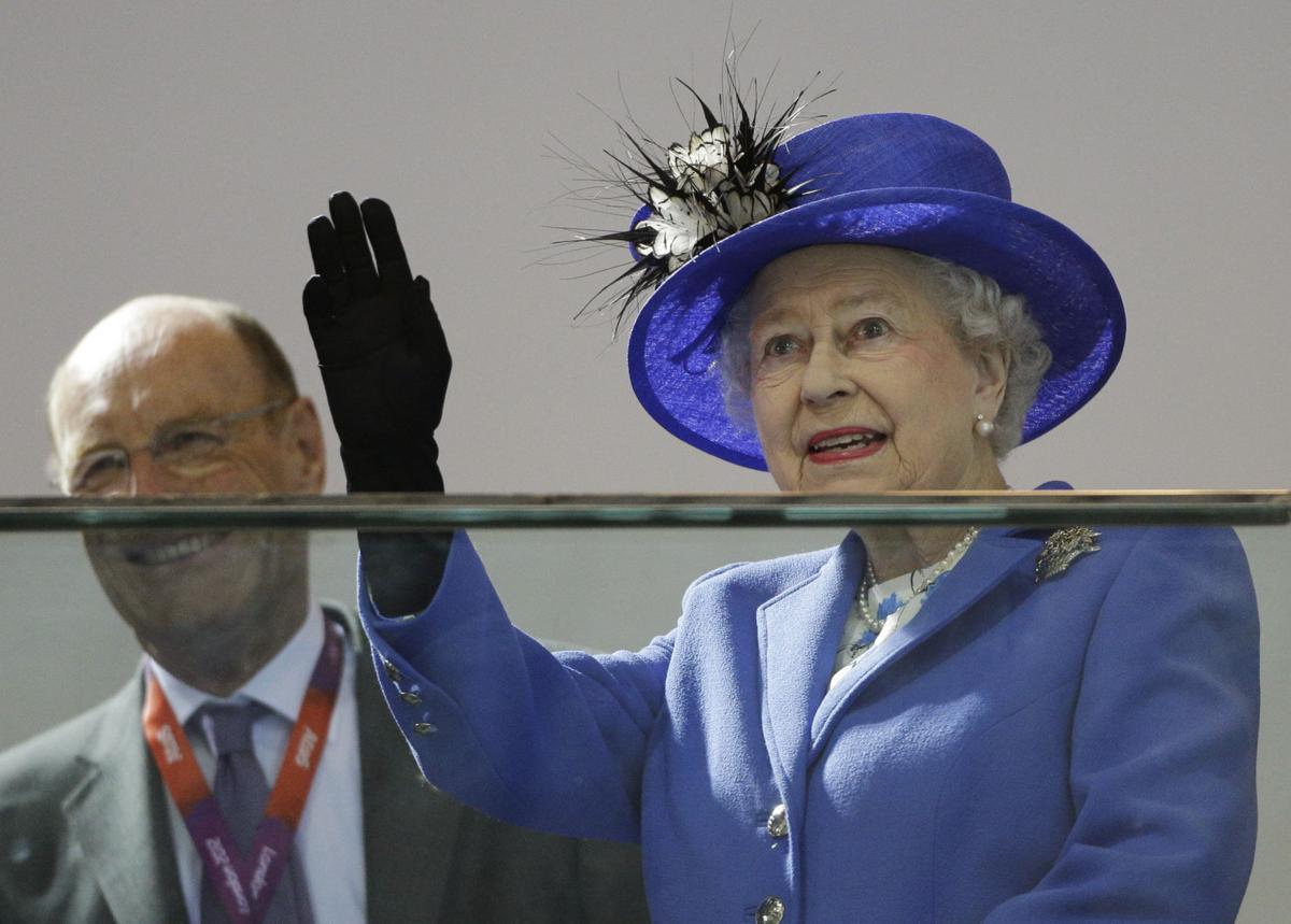 Queen tours Olympic Park as encore