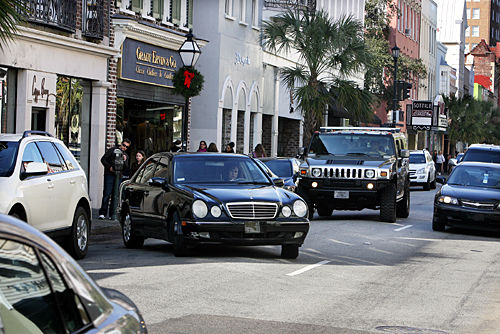 Valet parking: Council considering turning public spaces into reserved areas
