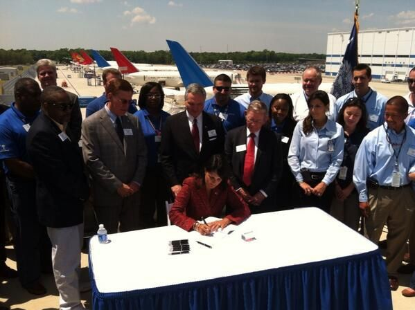 Haley, Boeing officials celebrate company's expansion plans in North Charleston (copy)