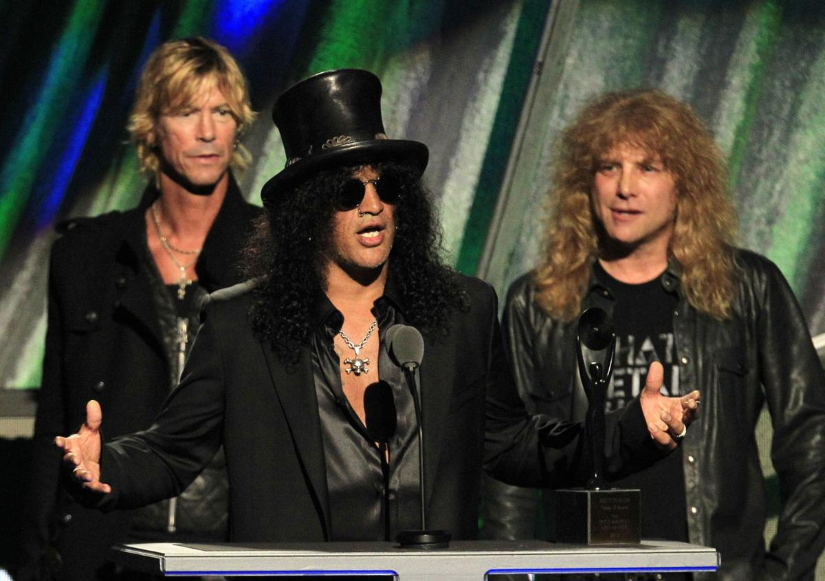 Guns N' Roses jams way into Rock and Roll Hall of Fame