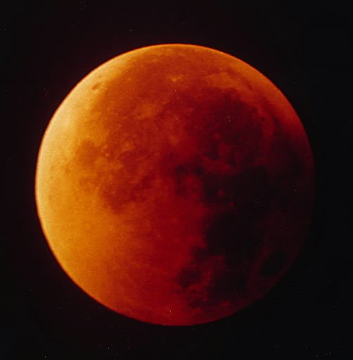 Blood red moon eclipse at 5 a.m.
