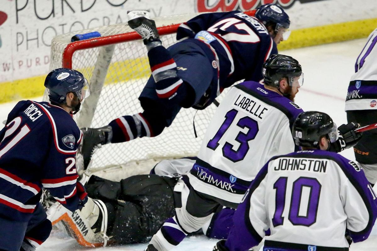 Stingrays look to take control of series